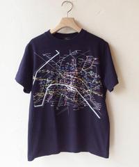 ●送料全国一律198円●<women>Harriss(ハリス)パリメトロ路線図プリントTシャツ(HK201-38256) / ネイビー