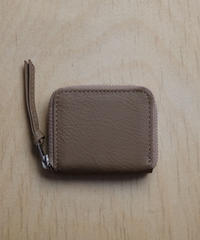 ERA. / BUBBLE CALF ROUND VERY MINI WALLET / col.トープ