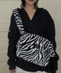 【cult original】Logo zebra fur bag (CTC0151)