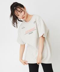 【UNISEX】スポーティロゴTシャツ AG201CS0323