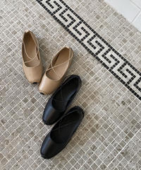 Cross Flat Shoes