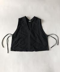 【再入荷しました】ポリエステル縮絨 UT Vest / Black