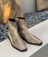 2019 FW / python boots