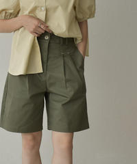 bottoms-02123 TWO-TUCK COTTON SHORTS