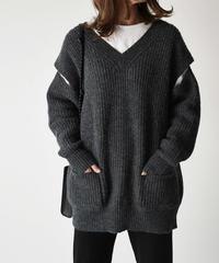 knit-02070 V-NECK SWEATER