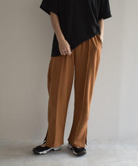 bottoms-02069  SIDE SLIT PIN TUCK EASY PANTS