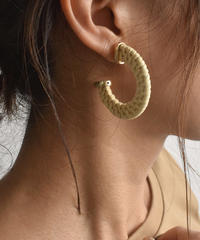 pierce2-02365 RATTAN HOOP EARRINGS
