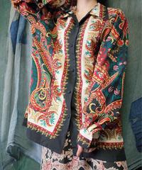 Scarf Arabesque Shirt