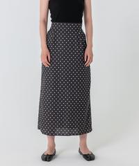 ドットサテンIラインスカート