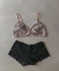Flower lace setup lingerie