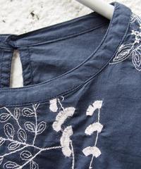 インド綿ボタニカル刺繍8分袖チュニック