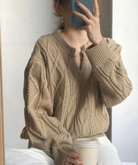 《予約販売》key neck cable knit
