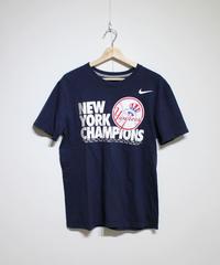 used:NIKE New York Yankees Tee #4