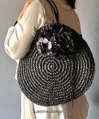 黒いダリア のペーパー編みバッグ