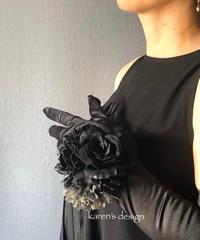 黒薔薇のリストブーケ