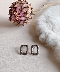 silver square pierce U-006