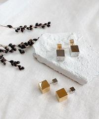 silver × gold pierce H115
