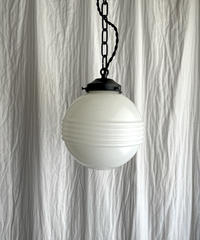 横縞のペンダント照明