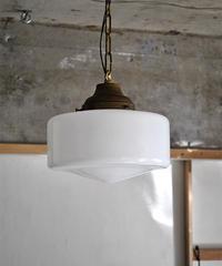 Eトロ型のペンダント照明