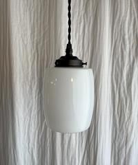 樽型のペンダント照明