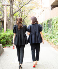 Bow tie Tuck Gathered Blouse in Black