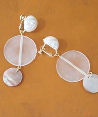 茶蝶貝のイヤリング