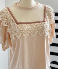 lace puff shoulder shirt