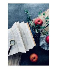 りんごと洋書①