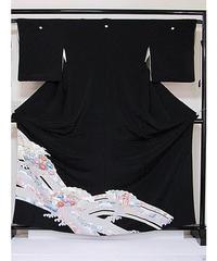 ●さらに!値引きしました30%OFF【黒留袖】 正絹比翼付き 扇面に吉祥花 刺繍入り☆162cm前後の方ベストサイズ【美品】
