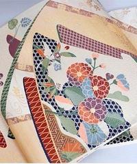 【未使用】【錦袋帯】几帳に小袖 四季花文様☆オフホワイト【美品】
