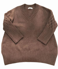 V neck sweater  (brown)