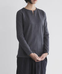 Women's V necked sweater Darkgray  (Vネックセーター・ダークグレー  )