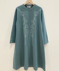 <SAMPLE SALE> スズラン刺繍スウェットワンピース (blue)