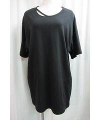 camphor tree 黒 襟カッティングデザインTシャツ