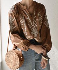 tops-02059 刺繍ブラウス ブラウン ホワイト