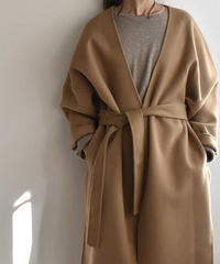 coat-02002 ノーカラー ウール ガウンコート リバー仕立て キャメルベージュ