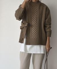 9月下旬入荷分 予約販売 knit-02040 サイドリボン ケーブルニット モカ