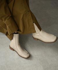 shoes-02117 バックジップ アンクルフラットブーツ エクリュ ダークブラウン ブラック