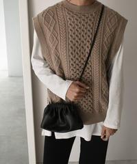 knit-02063 ウール混 クルーネックケーブル柄ニットベスト オフホワイト モカ チャコールグレー ブラック