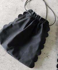 nh-bag2-02217  ブラック  フェイクスエード スカラップ巾着バッグ 日本製