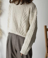 12月上旬入荷分 予約販売 knit-02068 ウール混 ケーブル柄 クルーネックニットプルオーバー ベージュ グレー