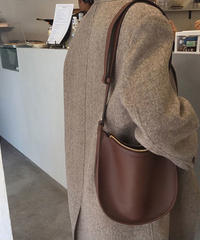 bag2-02449 ソフトフェイクレザー セミサークルショルダーバッグ レッドブラウン
