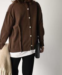 knit-02069 バックボタンニットプルオーバー オフホワイト ピスタチオ ブラウン