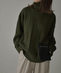 knit-02097 タートルネックケーブル柄ニット グリーン ブラック