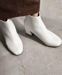 shoes-02043  チャンキーヒールショートブーツ ホワイト