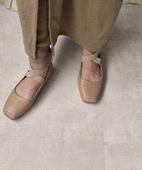 shoes-02085 エコレザーストラップ バレエシューズ ベージュ ブラック