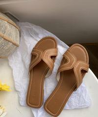nh-shoes-02076 フェイクレザー ステッチデザイン フラットサンダル  ブラウン