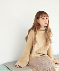 over turtle knit (beige)
