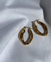 texture gold earrings