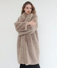 Airy volume Fur Coat